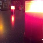 Grablichter im Café